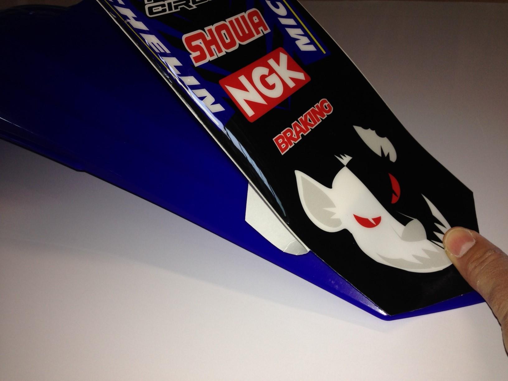 installazione-grafiche-motocross